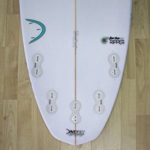 DaveySKY Surfboards Turbo Ripper diamond tail